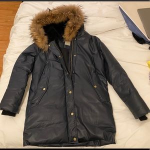 Soia & Kyo navy faux fur parka coat M